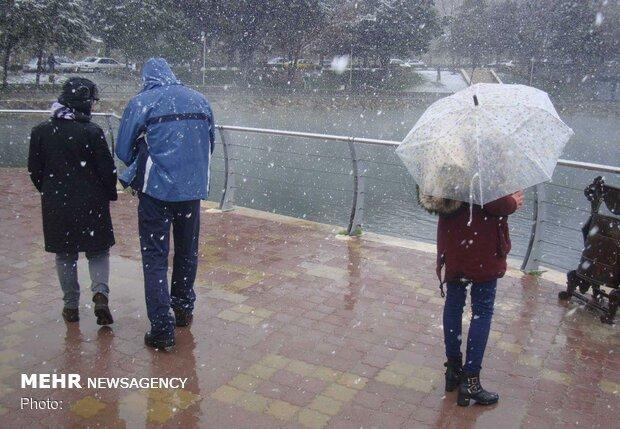بارش برف و باران در کشور، تهرانی ها جمعه منتظر بارندگی باشند