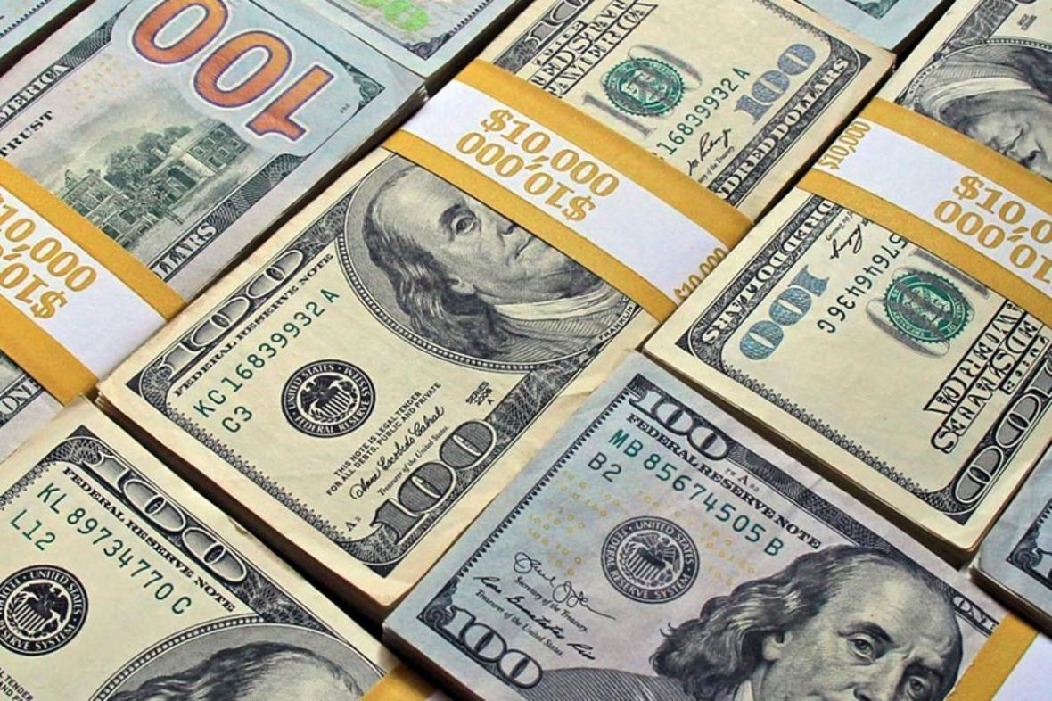 نرخ دلار به 15 هزار و 350 تومان رسید