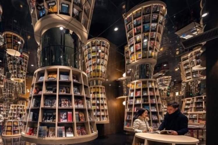 20 کتابفروشی خیره کننده جهان، این فروشگاه الهام بخش خالق هری پاتر شد